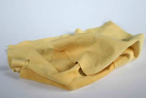 how to use a chamois to clean windows