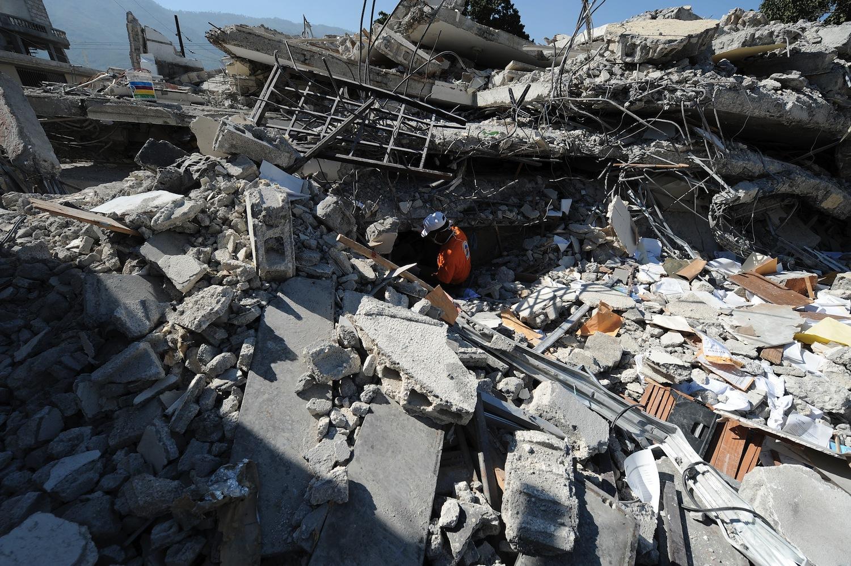 Earthquake In Haiti Images