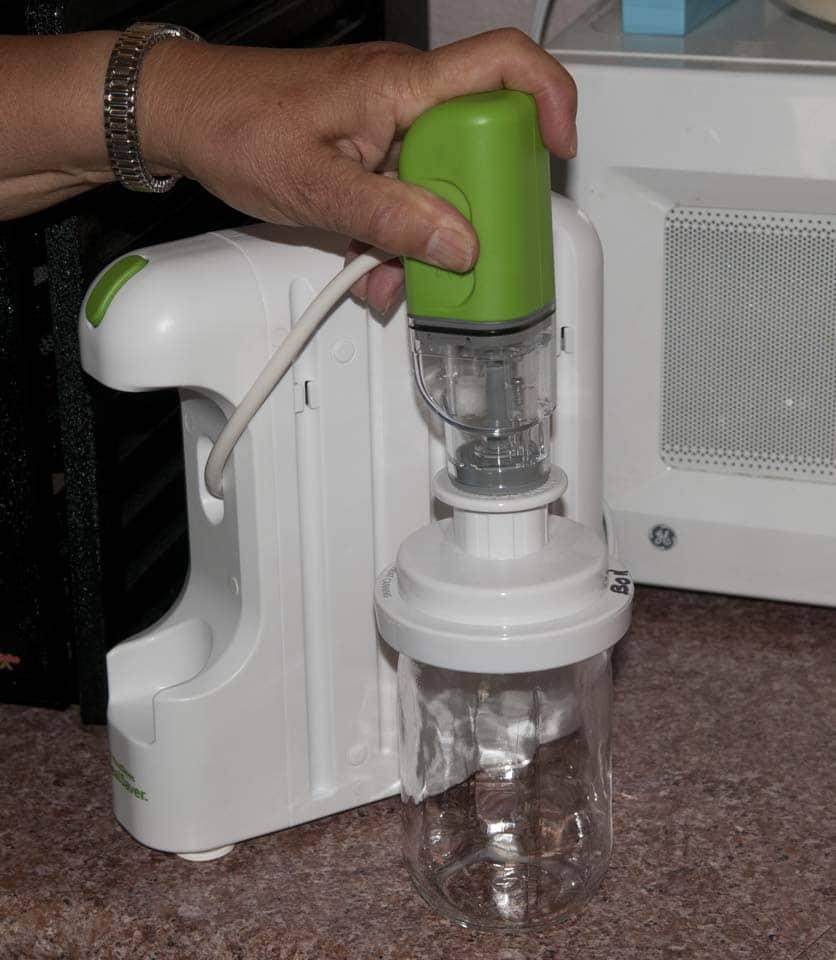 Using The New Mealsaver For Vacuum Sealing Mason Jars