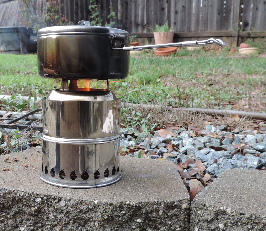 Backpacking Stoves That Are Good For Your Bugout Bag