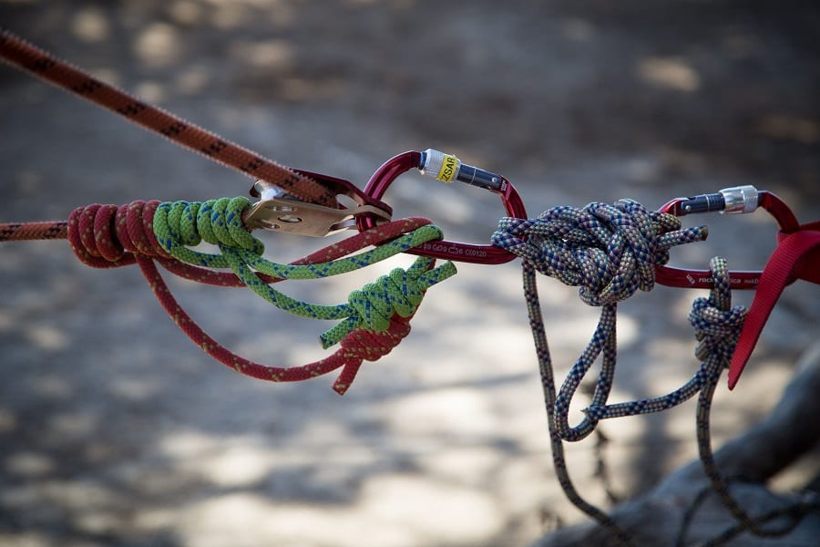 12 Different Uses For Paracord