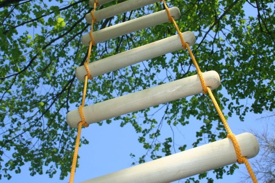 DIY Rope Ladder: How To Make A Basic Rope Ladder