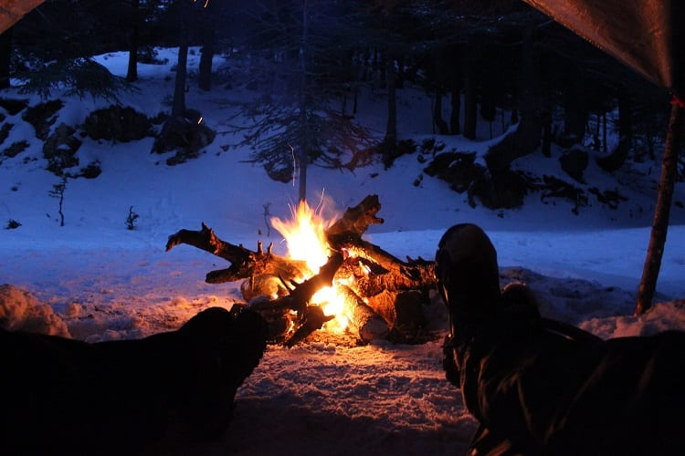 How to Keep a Fire Alive Overnight